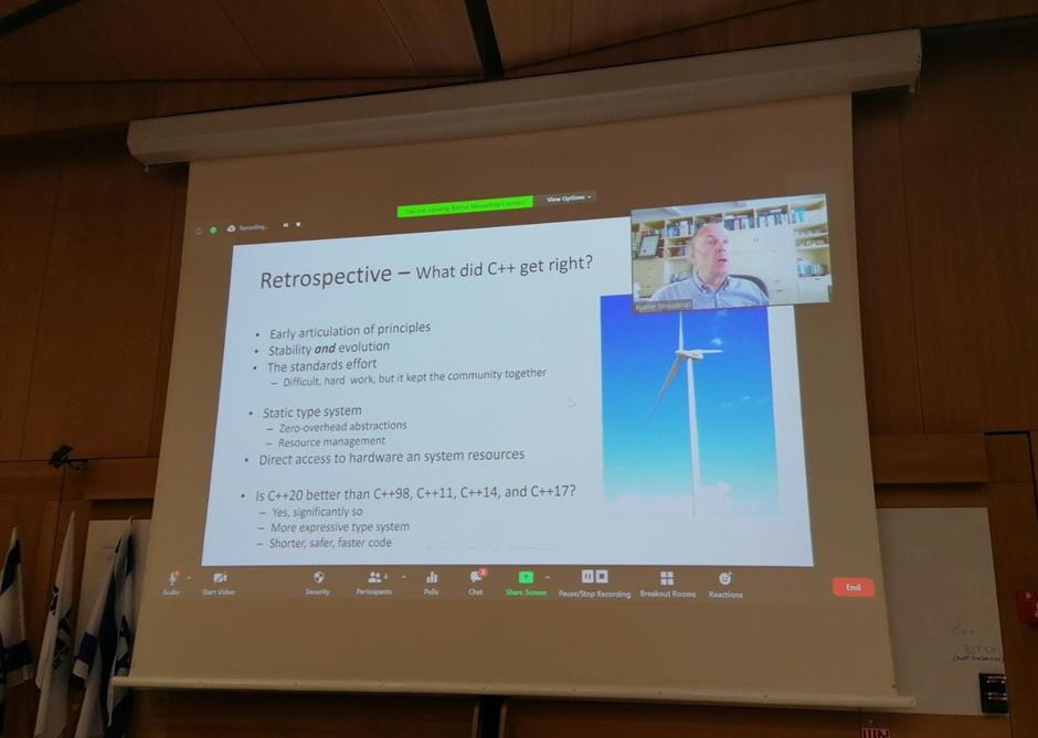 Bjarne Stroustrup_Core C++